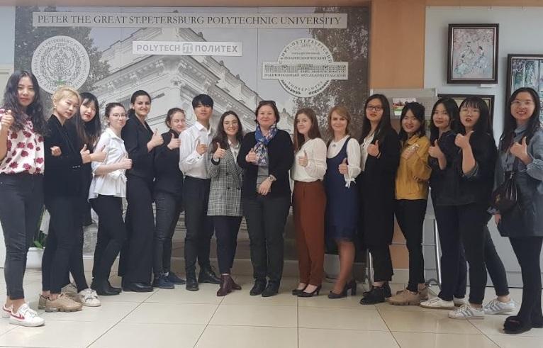 Магистранты ГИ успешно представили свои проекты в рамках «Международной политехнической недели»